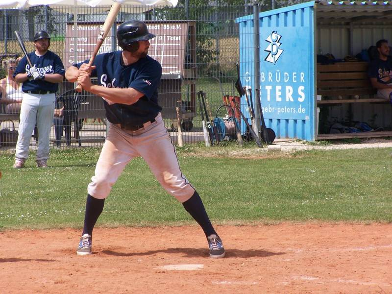 Gregor Piehler (5 Hits, 1 3B, 2 HR, 9 RBI, 3 BB)