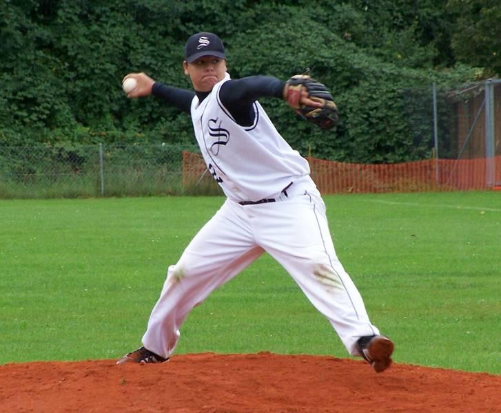 Philipp Adrian (16)