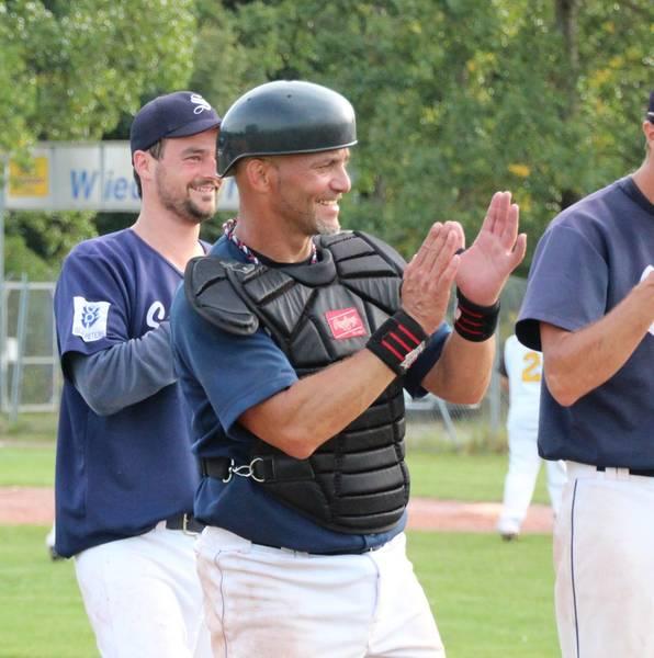 Foto: Lenin Santa Cruz wirkte bereits 2010 bis 2012 als Spielertrainer in Ingolstadt. (Foto: Rucker)