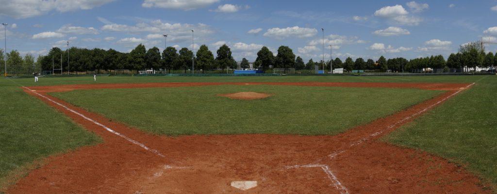 Das Baseballfeld von Home Plate aus gesehen.